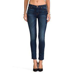 J BRAND Mid-Rise Skinny Jean in Heartbreaker